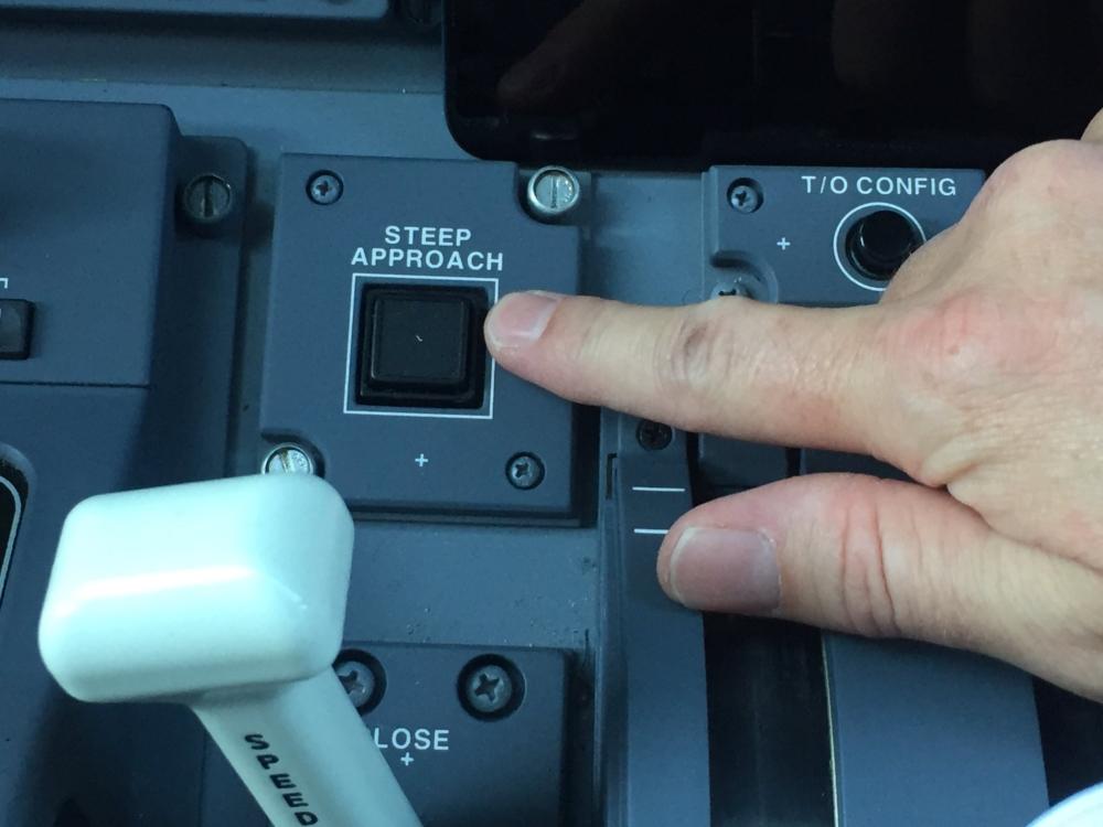 Embraer E2 steep approach button
