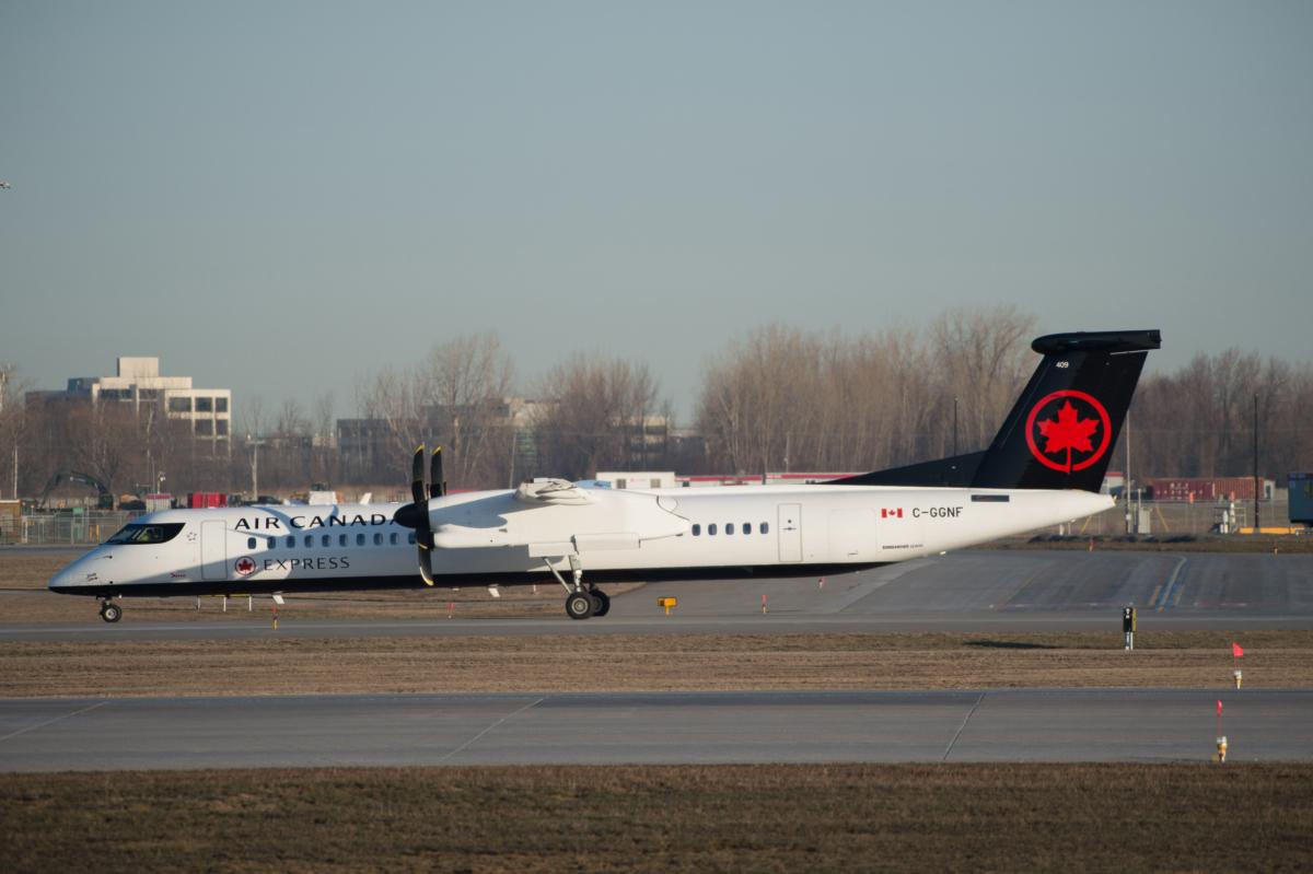 Air Canada Q-400