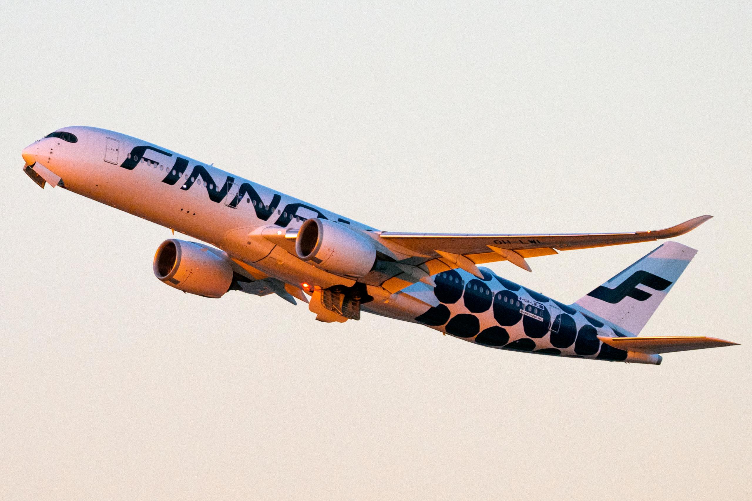 Finnair, North America, Stockholm