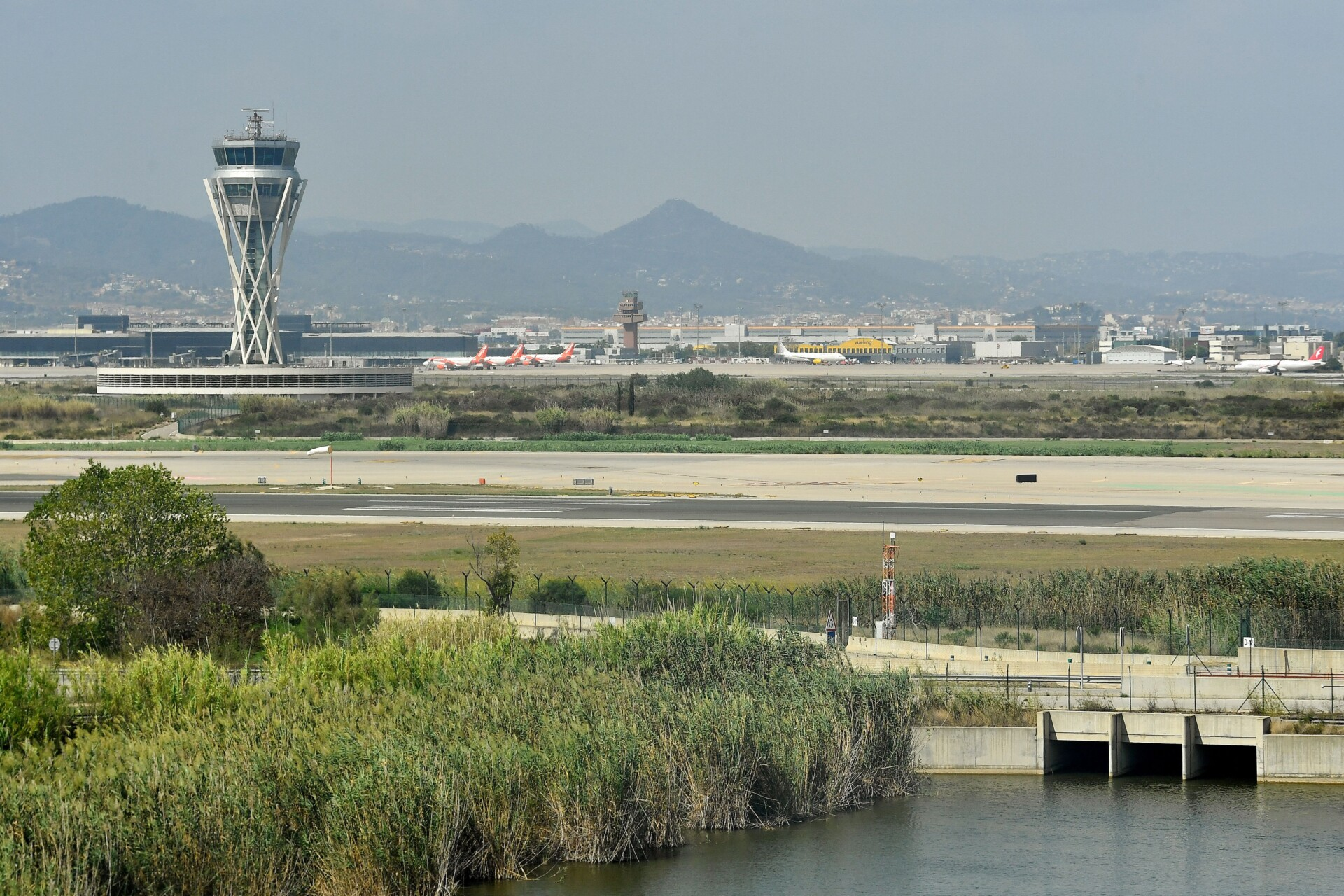 Barcelona Airport Is Set To Get A $2 Billion Expansion