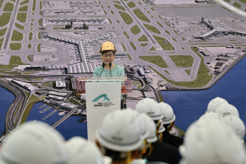 Hong Kong Airport Completes 3rd Runway On Reclaimed Land
