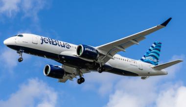 JetBlue Airways Airbus A220-300 N3008J