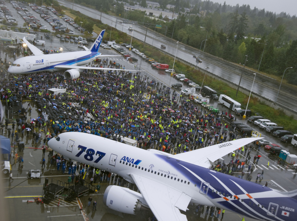 Boeing Marks 10 Years Since First 787 Dreamliner Delivery