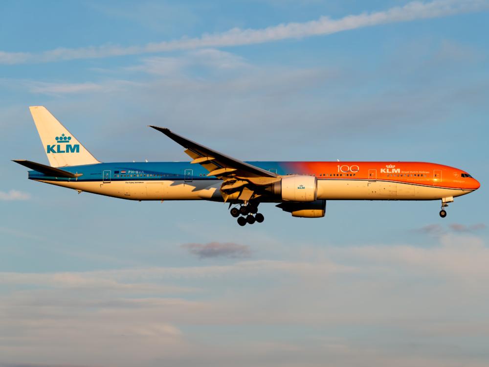KLM B777-300ER