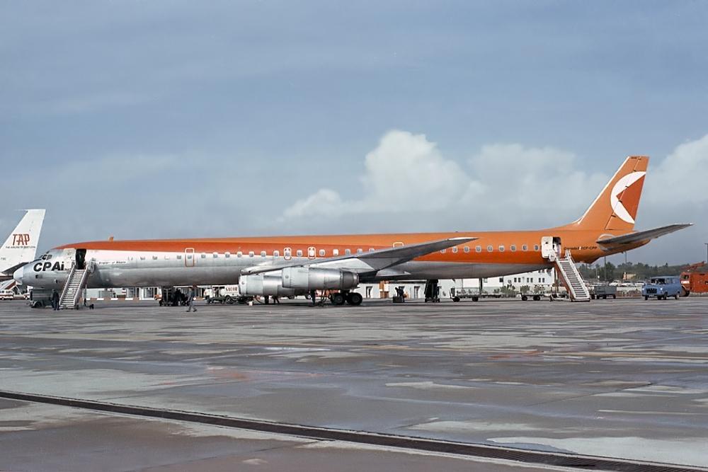 CP Air DC-8