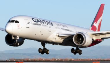 Qantas Airlines Boeing 787-9 Dreamliner (2)