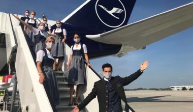 Lufthansa, Trachtencrew, First Flight