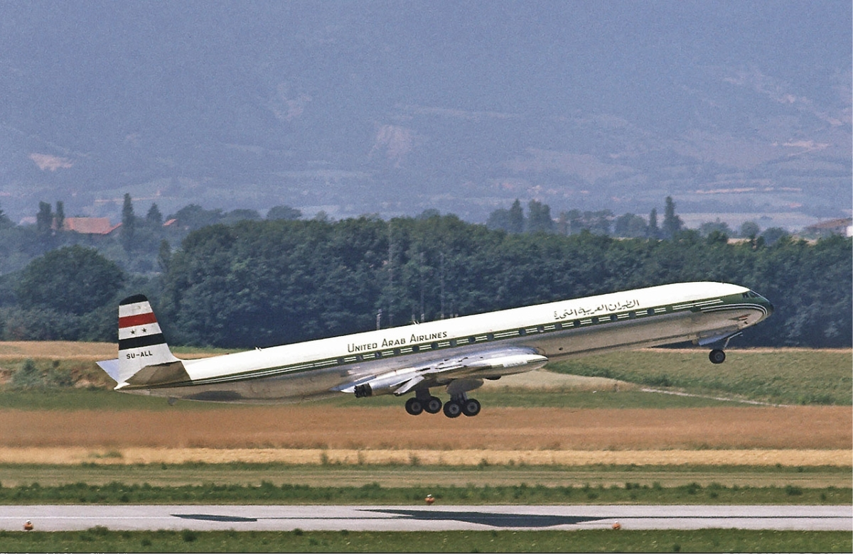 United_Arab_Airlines_Comet_Soderstrom