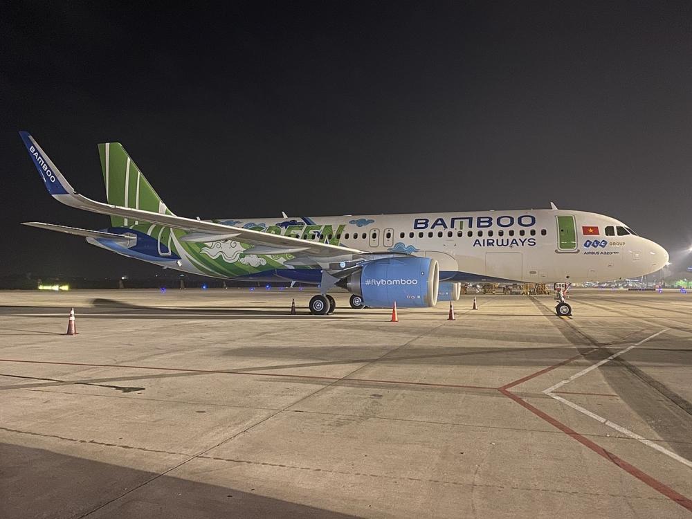 Bamboo_Airways_(VN-A596)_Airbus_A320-251N_at_Tan_Son_Nhat_International_Airport