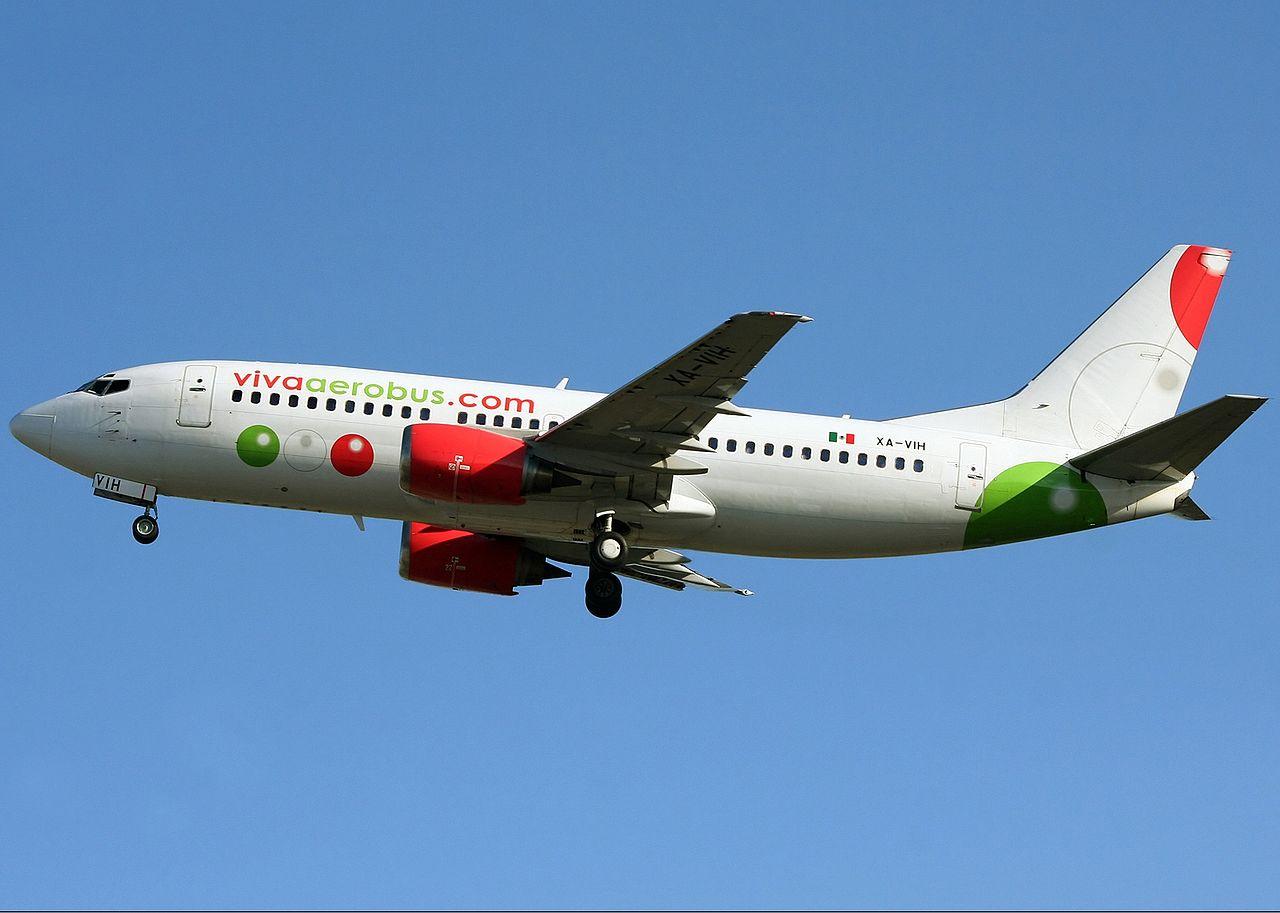 Viva Aerobus B737-300
