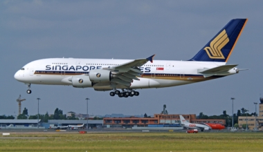 Airbus A380, Singapore Airlines, First Delivery