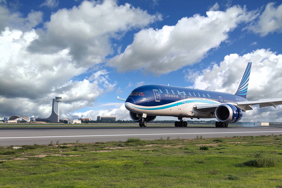 Azerbaijan Airlines Looking At More Boeing 787 Dreamliners