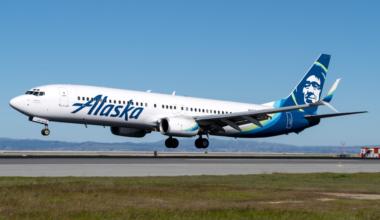 Alaska Airlines Boeing 737-900 N307AS