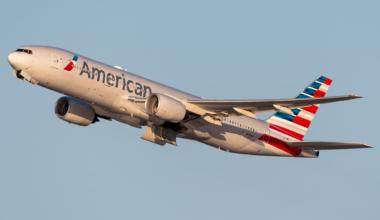 American Airlines Boeing 777-223(ER) N790AN (7)