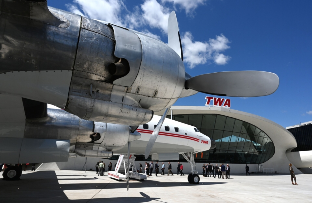 What Were The Main Aircraft Before The Jet Age?