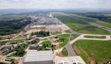 Frankfurt Hahn Airport, HNA Group, Insolvent