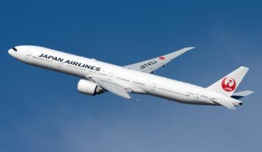 Japan Airlines Boeing 777-300ER