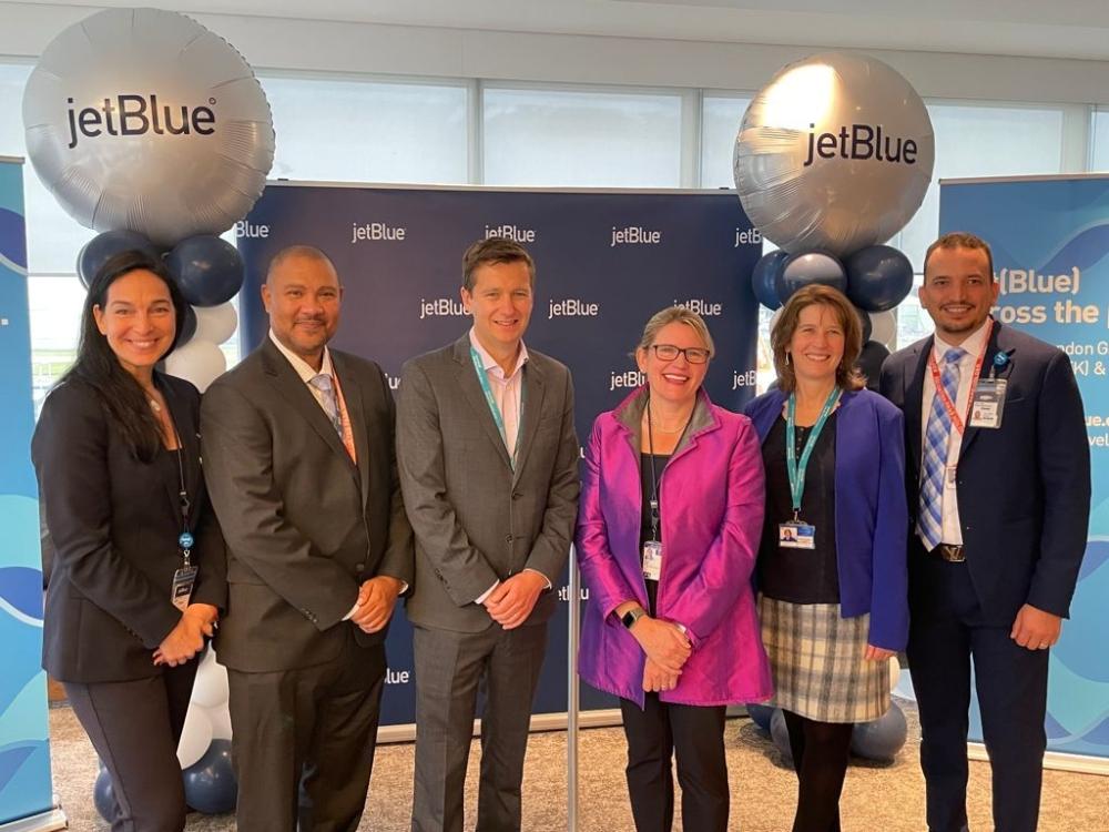 JetBlue Gatwick1