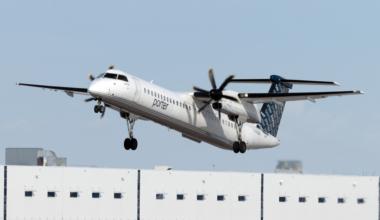 Porter Airlines De Havilland Canada Dash 8-400 C-GLQV