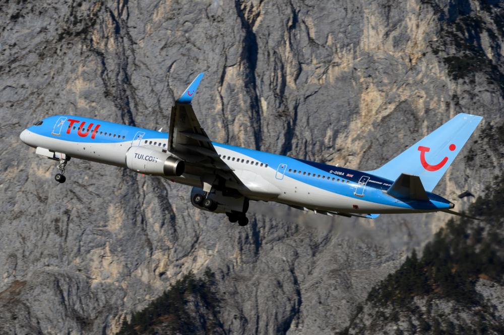 TUI Airways TUI