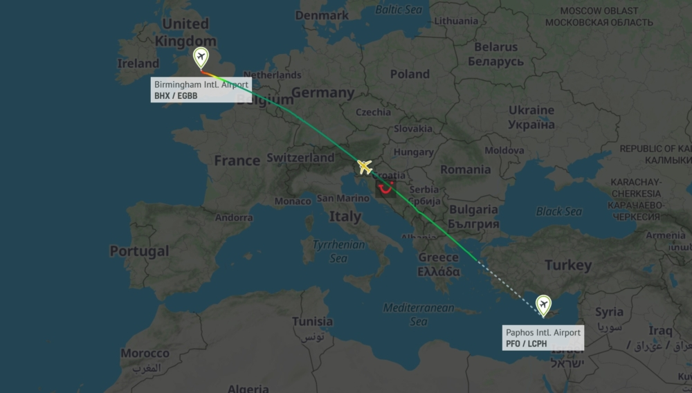 The final commercial flight of TUI's 757s