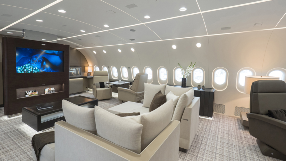 oeing-Business-Jet-25