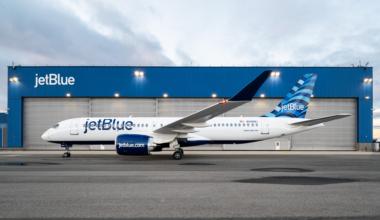 jetblue-a220-hangar-download